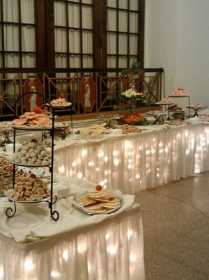 Banquet table rental san diego
